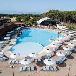 piscina-e-zona-club