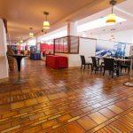 center-restaurant--v12506079