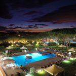 esterno-hotel-e-piscina
